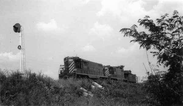 GP7s 523 and 503 in Missouri on August 19, 1951 (Arthur B. Johnson)