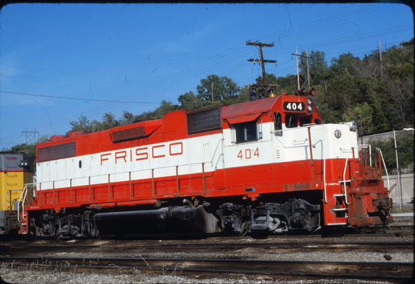 GP38-2 404 at Kansas City, Missouri on September 27, 1980 (James F. Primm II)
