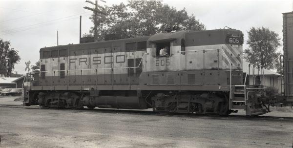 GP7 605 at Clinton, Missouri on July 24, 1975