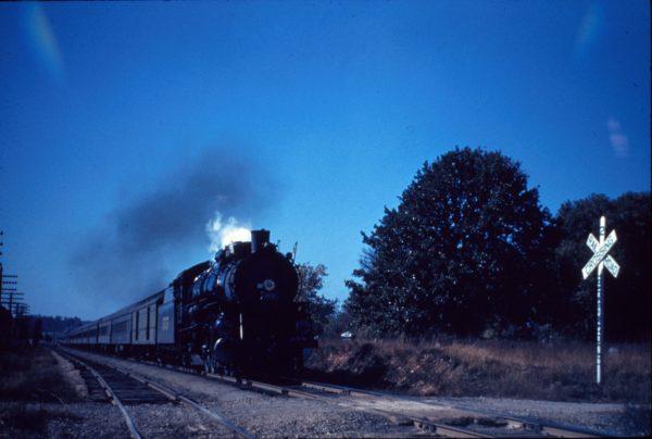4-8-2 1515; 1948 Thomas Dewey campaign train at Logan, MO.