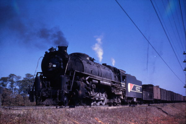4-8-4 4522 (date and location unknown) (M. Morrow)