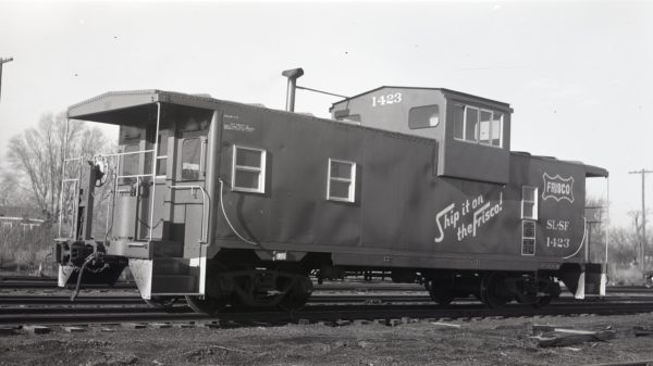 Caboose 1423 at North Clinton, Missouri on January 17, 1976