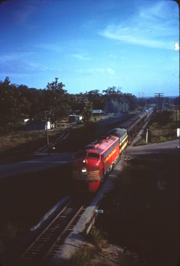 E8A 2010 (Count Fleet) with a troop train at Van Buren, Arkansas on August 16, 1963 (Mike Condren)