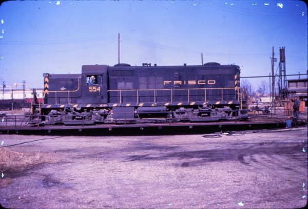 RS-2m 554 at Fort Smith, Arkansas in January 1963 (Mike Condren)