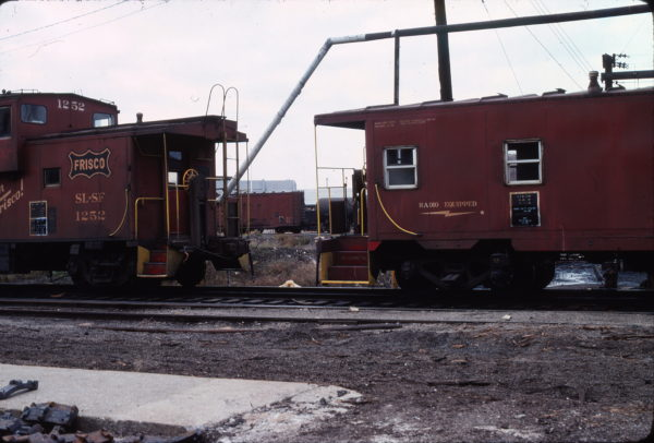 Caboose 1252 Kansas City, MO in November 1975