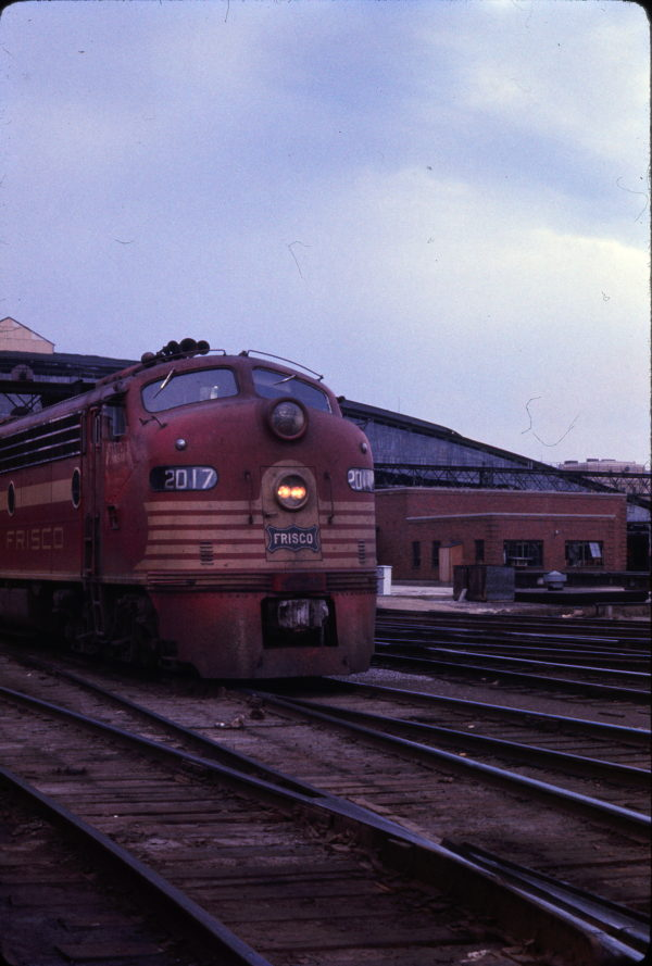 E8A 2017 (Pensive) at St. Louis, Missouri on April 18, 1965