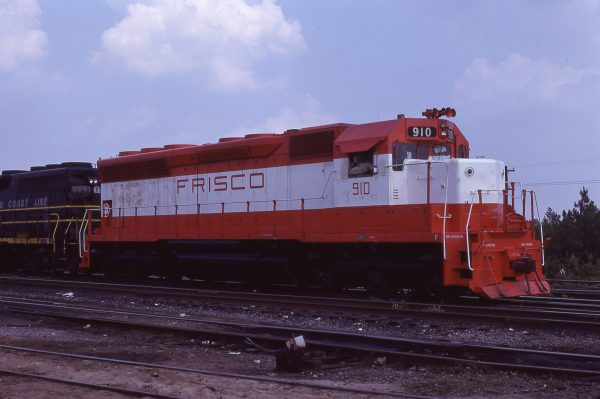 SD45 910 (location unknown) on July 17, 1978 (Bill Bedell)
