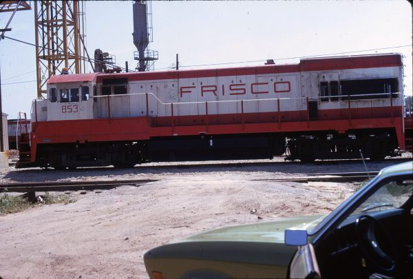 U30B 853 (location unknown) in May 1974