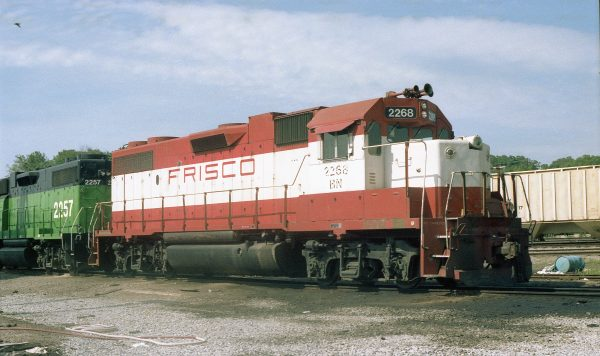 GP38-2 2268 (Frisco 413) at Thayer, Missouri in May 1982 (R.R. Taylor)