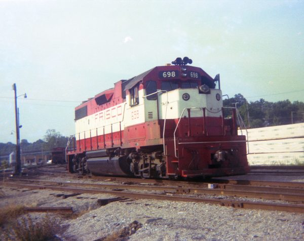GP38-2 698 at Thayer, Missouri on August 19, 1978 (R.R. Taylor)