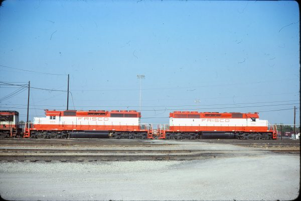 SD40-2s 955 and 956 at Memphis, Tennessee on November 2, 1978