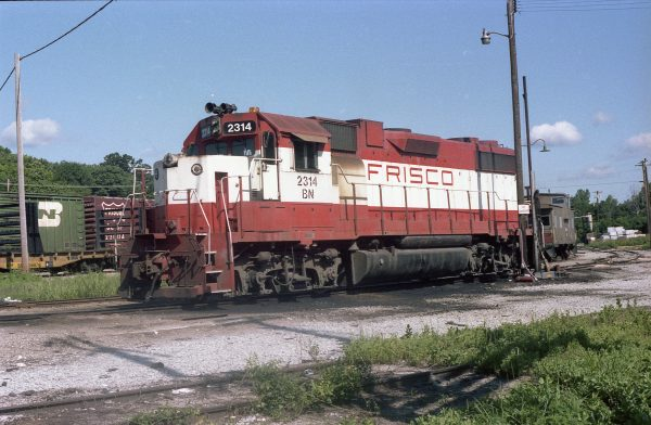GP38-2 2314 (Frisco 459) at Thayer, Missouri in July 1982 (R.R. Taylor)