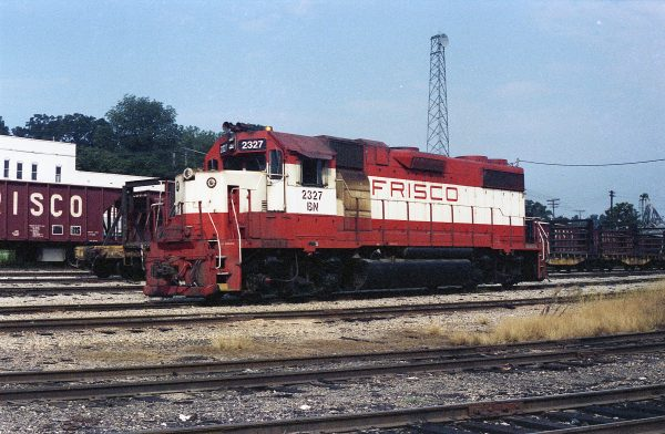 GP38-2 2327 (Frisco 472) at Thayer, Missouri on August 29, 1981 (R.R. Taylor)