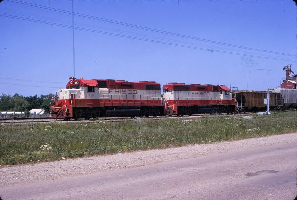 GP38-2s 413 and 678 in May 1975