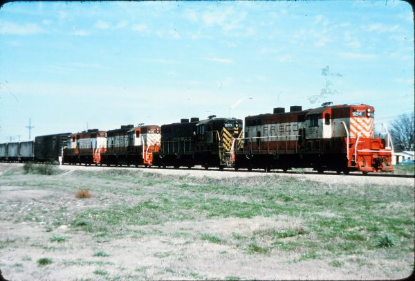 GP7s 594, 593 and 600 (location unknown) (William Eley)