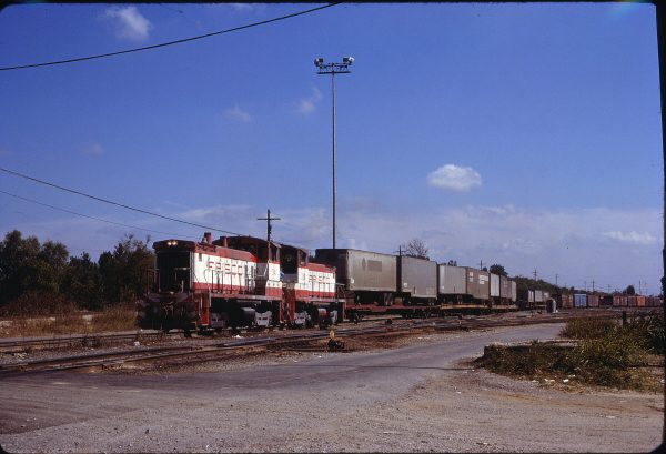 SW1500s 341 and 338 at Memphis, Tennessee on September 26, 1979