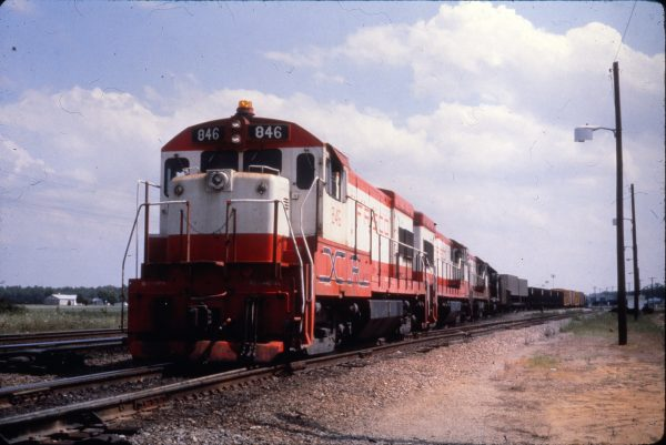 U30B 846 at Kansas City, Missouri in June 1977 (Al Chione)