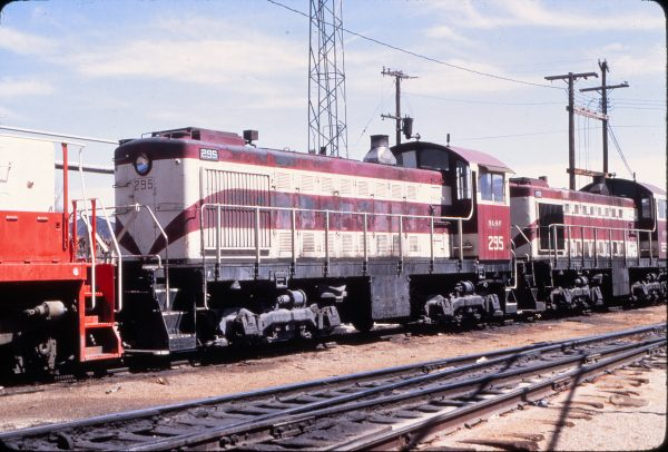 S-2s 295 and 296 at Springfield, Missouri in April 1971 (Mike Condren)