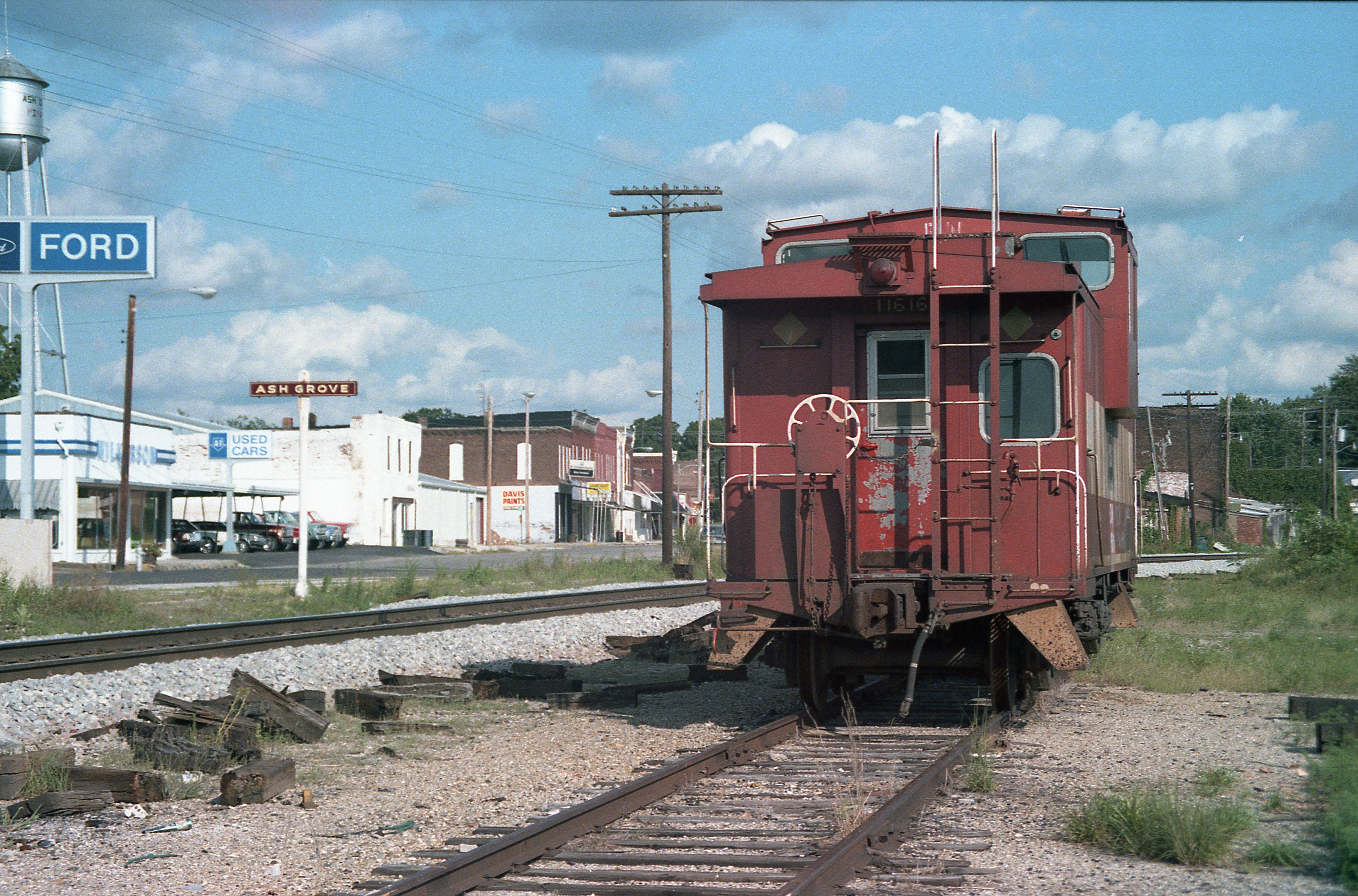 Caboose 11616 (Frisco 1288) at Ash Grove, Missouri on August 10, 1986 (R.R. Taylor)