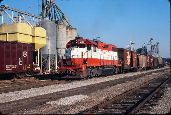 GP38-2 417 at Thayer, Missouri in June 1979 (Gregory Sommers)