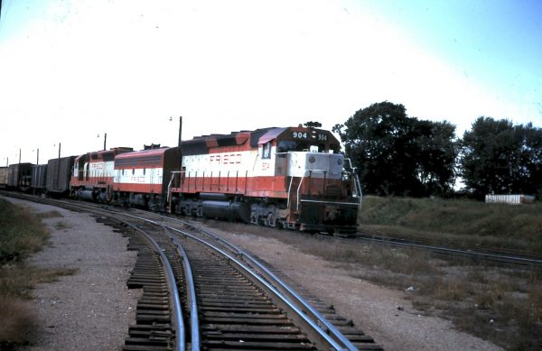 SD45 904 (date and location unknown)