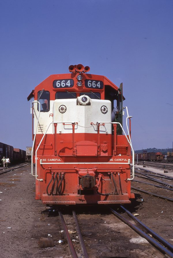 GP38-2 664 at Birmingham, Alabama on May 27, 1972 (Dan Dover)