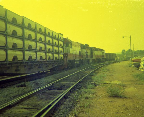 SD45 932, GP35 710 and GP15-1 107 at Thayer, Missouri on July 21, 1978 (R.R. Taylor)