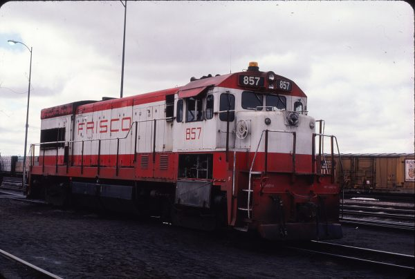 U30B 857 at North Platte, Nebraska in June 1979 (Sam Carlson)