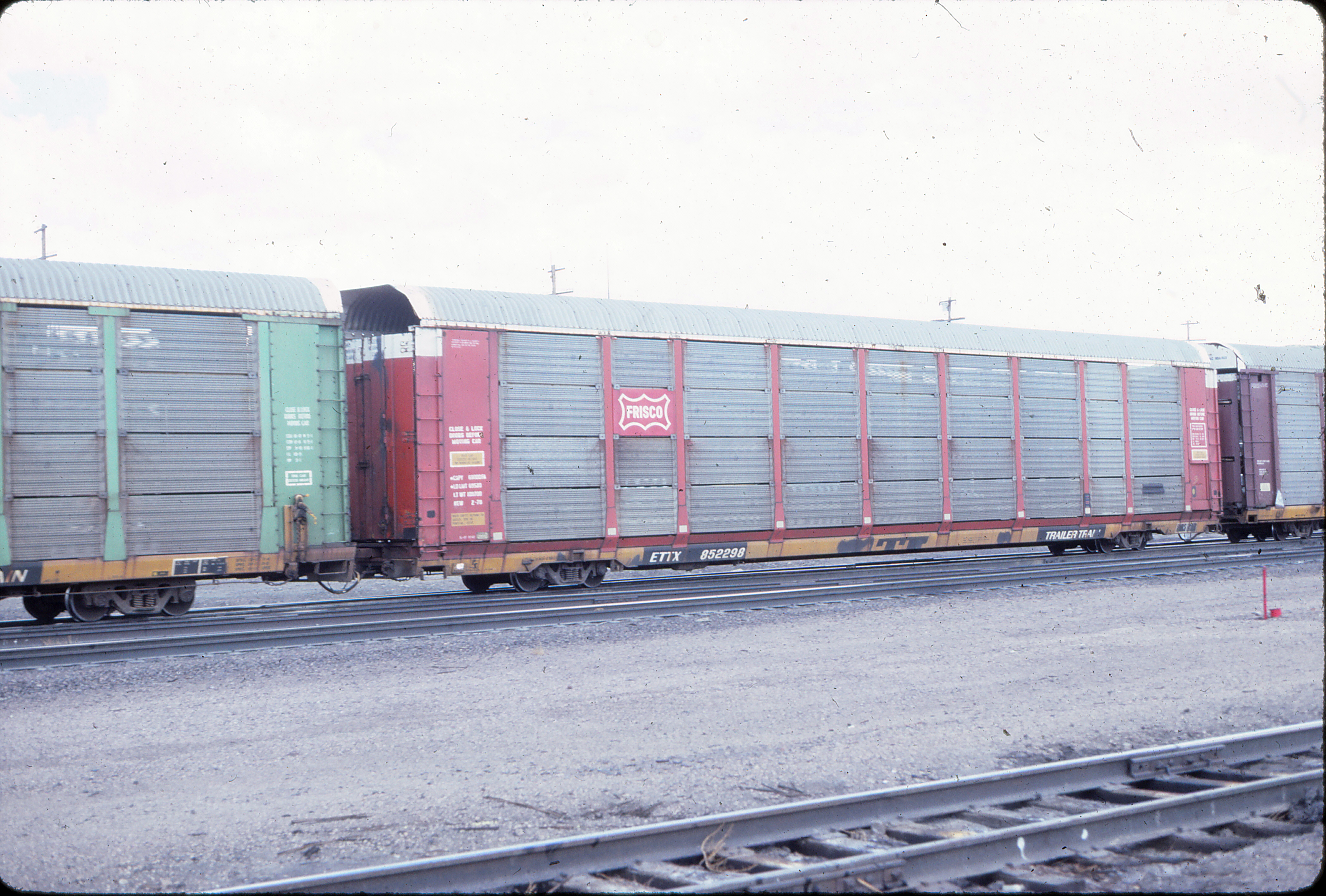 Autorack 852298 at Green River, Wyoming in August 1984